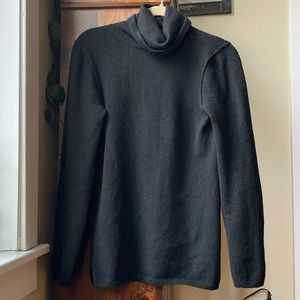 GAP Vintage Black Turtleneck Sweater